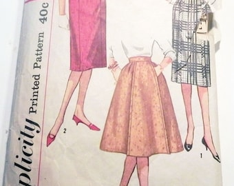 SALE 1950s Pencil skirt Gored slim flared sewing pattern Rockabilly Simplicity 3161 Waist Size 26""