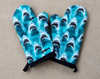 Shark Oven Mitts and Pot Holders - Shark Housewarming Gift - Shark Wedding Gift - Nerdy Housewarming Gift