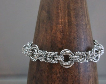 Twisted Links Chainmaille Bracelet