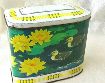 Gray Dunn Scottish Vintage Cookie Tin/ biscuit tin. Vibrant duck pattern, green and yellow tin