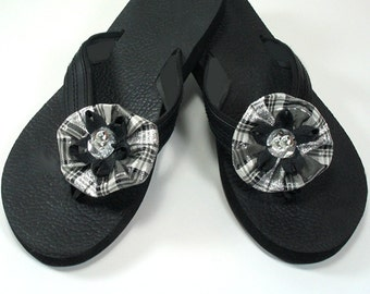Black and Silver Plaid Flower Shoe Clips, Shoe Clips for High Heels, Flip Flops, Sandles and Ballet Flats, Bridesmaid Wedding Shoe Clips