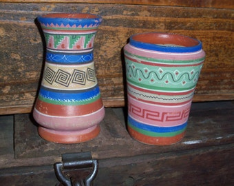 Set of 2 Vintage Terra Cotta Pottery Mexican Vases Mexico