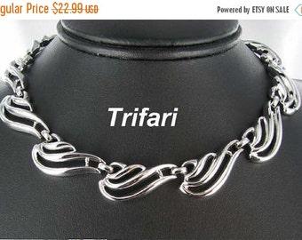ON SALE Trifari Vintage Signed Silver tone Scalloped Choker Necklace designer