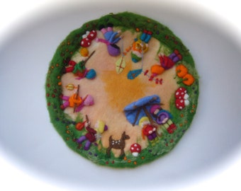 Fall-Autumn circle, Picture,tapestry,Wool painting,Wall hanging,Wet felted,Needle Felted. Waldorf