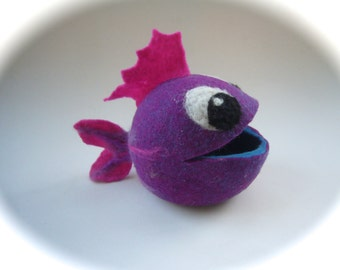 Felted Vessel . Fish. Treasure Box. Handfelted.  Bowl .Wet-felted