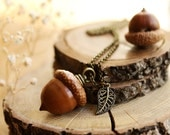Real acorn necklace , Peter pan kiss necklace, i love you , woodland jewellery , romantic gift , mori girl , whimsical accessories