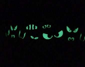 Glow in the Dark Dog Collar, Halloween, Spying Eyes, Reflective Dog Collar, Black, Funny, Scary Dog Collar, Gift Box Included - Spooky Eyes