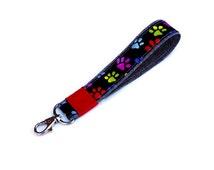keychain gift for pet sitter, key wristlet, dog lover gift, handmade wristlet keychain, loop keychain, paw print on black