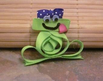 Handmade Frog Ribbon Sculpture Hair Clip