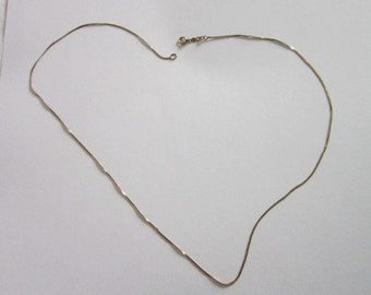 Vintage 14 K Gold Filled Flat Chain Necklace  Nice 18 inch