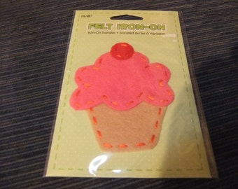 Cupcake Felt Iron On Patch/Applique/Cupcake Applique