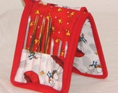 """14 pair capacity Interchangeable knitting needle and crochet hook keeper case storage for needles 3.5"""" to 6.25"""" in length, to size 8 Snoopy"""