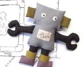 Robot PDF Sewing Pattern - Mechanical Man Robot Softie - Robot Plush