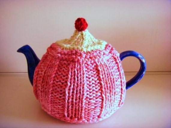 STRAWBERRY CUPCAKE TEA Cosy Knitting Pattern for by ...
