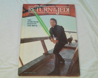 """Vintage Star Wars Storybook """"Return of the Jedi"""" Adapted by Joan D. Vinge, Featuring Many Photos From the Film, 1983."""