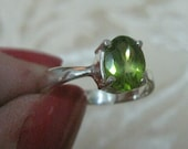 Peridot Faceted Sterling Silver Ring Size 6