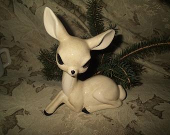 Vintage 1950s ceramic deer, big eyes speckled glaze