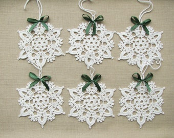 Snowflakes crochet Christmas decors Xmas tree ornaments Wedding decors appliques (set of 6)