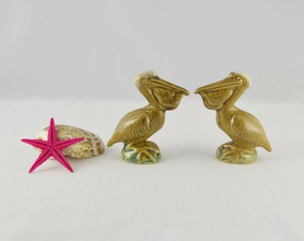 Rosemeade Wahpeton North Dakota Pottery Pelicans Novelty Figural S&Ps Salt and Pepper Shakers 1940 1950 Forties Fifties Collectible Souvenir