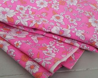 Vintage Linen look Fabric Bright pink 87 x 240cm