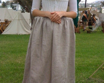Women's Colonial 18th Century Hand Finished Linen Shift