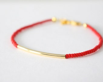 Gold bar bracelet - Red - beaded bracelet