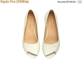 SUMMER SALE Peep toe handmade leather white flat Aya / brides wedding  white open toe sandals