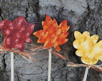 Fall Leaves Plant Sticks ( Set of 3 ) - Garden Wood Fall Decoration - Indoor or Outdoor