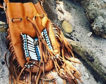 Leather fringe shoulder bag  - tan