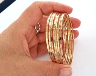 Minimalist Gold Bangles Bracelets Set of 3 - Delicate Gold Hammered Bangles -  Elegant Stacking Bangle Bracelet - Mother's Day Gift For Her