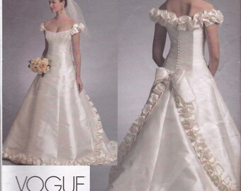 V1095 Vogue Wedding Dress Sewing Pattern Sizes 12-14-16