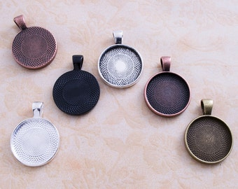 25 Pendant Trays- Round Blank Pendant Trays- 20mm Circle Pendant Blanks- 5 Colors to Choose From.