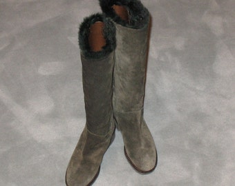 1980s Suede Boots, Vintage Boots, 90s Boots in Excellent Condition, Dark Green Fur-Lined Boots, Size 36 Boots, Small 80s Boots, 1990s, 1980s
