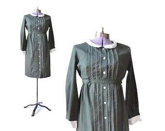 1960s Dress 60s Green Schoolgirl Dress Cotton School girl Babydoll Dress / Women Clothing Dress / Vintage Clothing Day Dress