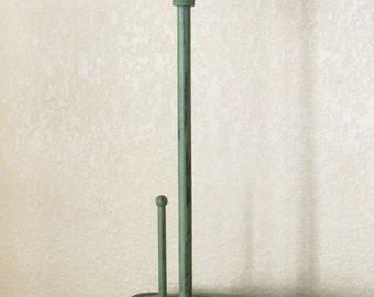 Paper Towel Holder / Fleur de Lis / Cast Iron / Eden Green or Pick Color / Retro Kitchen Decor / Cottage Shabby Chic Kitchen