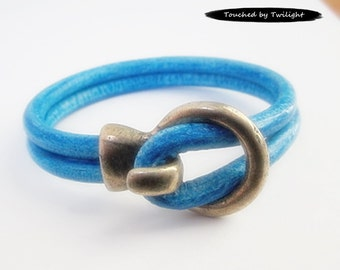 Leather Wrap Bracelet - Double Strand 5mm Distressed Turquoise Leather, Antique Silver Hook Clasp, Leather Cuff Bracelet