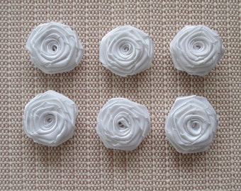 12 Ribbon Origami Roses - White Color, only for 4.00 usd
