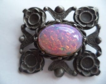 Fabulous Unsigned Vintage Dark Silvertone Art Noveau Dragons Breath Brooch/Pin
