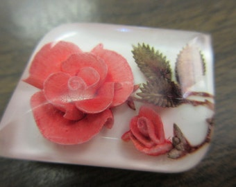 Flower Encased In Lucite Pin