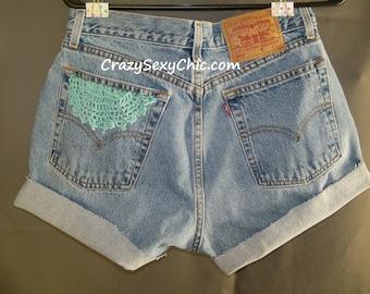 Vintage Levi's Shorts Women's size 10 High Waist Crochet Handmade Flowers 28 waist