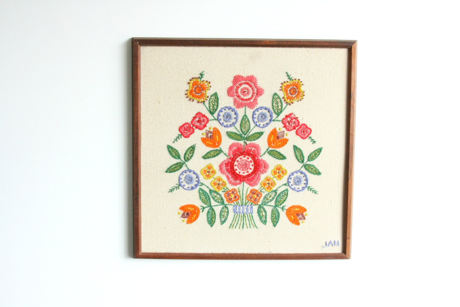 Vintage crewel hand embroidery floral picture framed wall