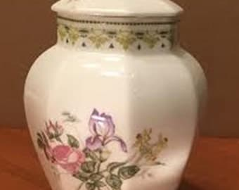 Royal Doulton China Covered Jar in the H5185 Camilla pattern from 1990