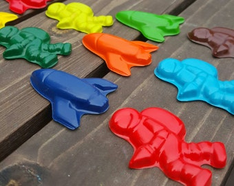 Astronaut and Rocket ship crayons set of 12 - party supplies - party favors