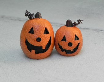 Miniature Jack O Lantern Fairy Garden jack-o-lantern - terrarium supply - craft supplies - miniature pumpkin halloween miniatures - pumpkins