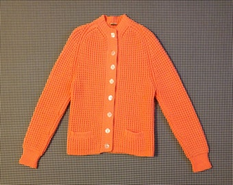 1960's dralon hochbausch, German knit, cardigan, in bright salmon, Women's size Medium