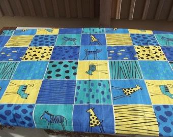 Lovely Swedish vintage printed cotton fabric. 3 yard Scandinavian Fabric