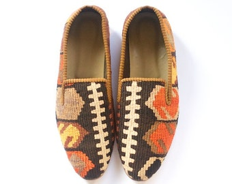 Men Kilim shoes. Size 44 (Men US size 11)