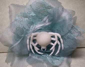 White spider Web hair clip