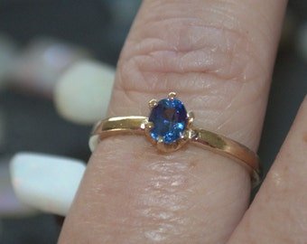 14k Gold Natural Ceylon Blue Sapphire Solitaire Ring .56ct size 7