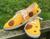 CHEESEHEAD Shoes! Green Bay, Wisconsin. green bay shoes. cheese shoes